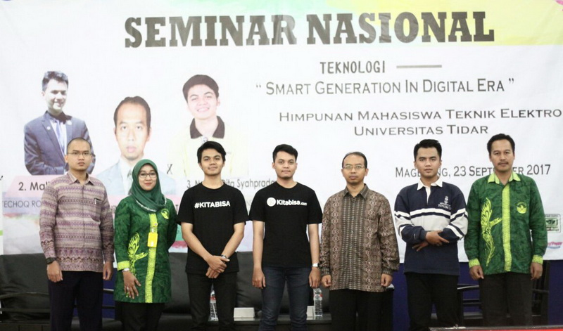 "SEMINAR NASIONAL YANG BERTAJUK, ""Smart Generation in Digital Era"""